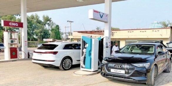 Electric Cars in Pakistan: Good News! Minister of science and technology said that FBR must be cut off all the tax on Electric Cars